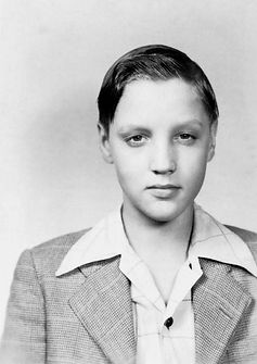 Lawhon Junior High School '47-'48, Tupelo, Ms. Elvis started to develop a bit of 'flair', as seen in this photo from 1947, which must have been his eighth grade.
