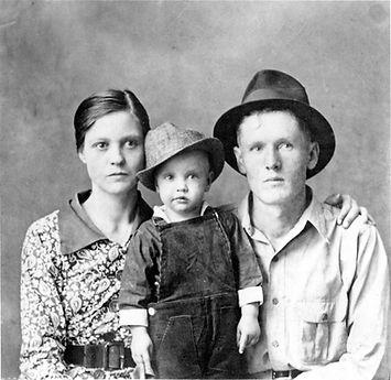 '38 Tupelo Ms., Gladys Love Smith-Presley, Elvis Aron and Vernon Elvis Presley at Tupelo's Lee County Jail.