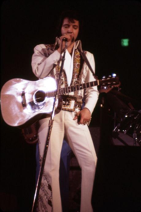 November 30, 1976. Anaheim, CA.  Photographed by Elaine Christan (3).jpg