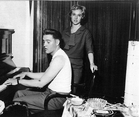 Elisabeth Stefianak-Mansfield and Elvis relaxing at his rented house at Goethestraße 14 in Bad Nauheim.