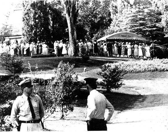 Funeral at Forrest Hill. Graveside of Gladys Presley, August 14, 1958.
