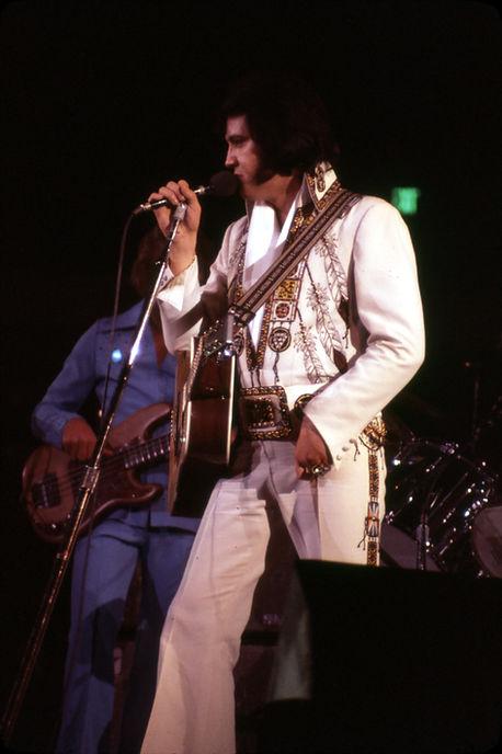 November 30, 1976. Anaheim, CA.  Photographed by Elaine Christan (2).jpg