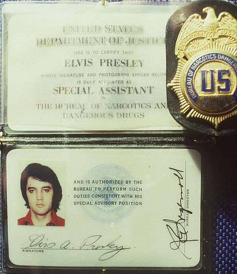 White House narcotics badge presented to Elvis.