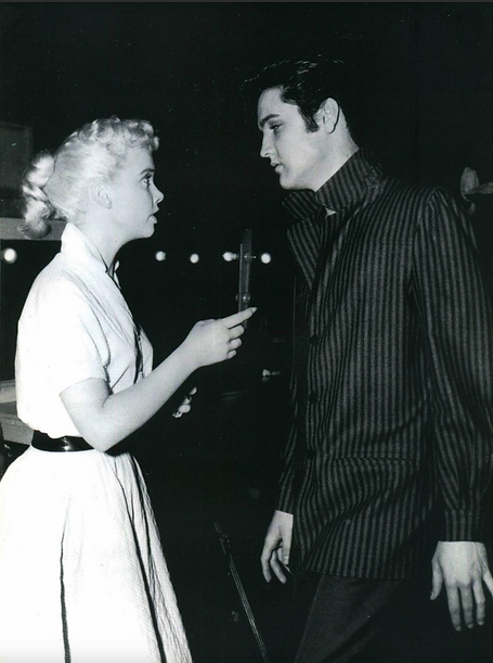Elvis with Yvonne Lime LY.PNG