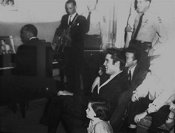 The Prisonaires - Elvis watching Johnny