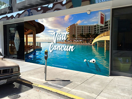 wall graphics pic2 cancun.jpg