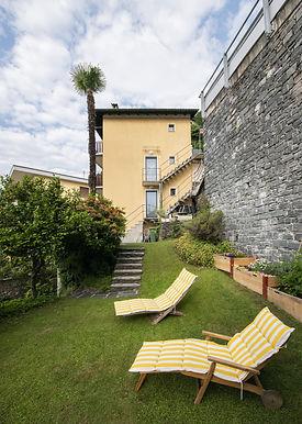 Giardino e casa 1.jpg