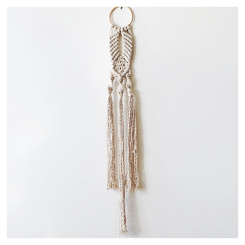 Narrow macrame
