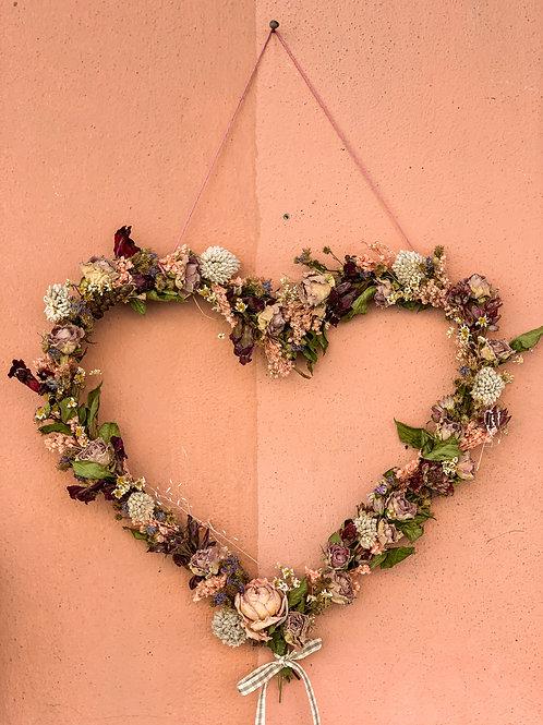 Cuore fiori secchi rosa e bordeaux