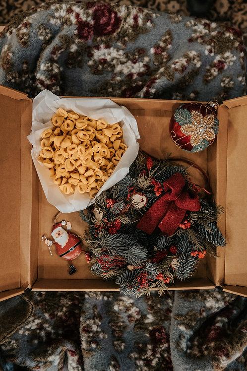 box nataliziaTortellini Ghirlanda e Palline natalizie