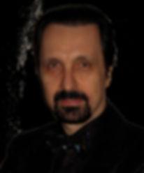 _Stefano sfondo nero OKAY.jpg