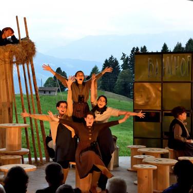 2016-220-spielAlptheater-lupo.jpg