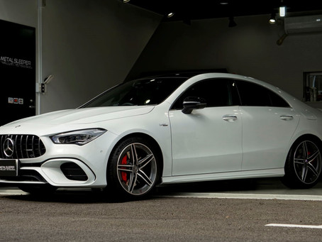 Mercedes-AMG CLA 45のリップスポイラー、サイドステップ、トランクスポイラーにカーラッピング/キックパネル周辺にプロテクションフィルム施工①/神奈川県横浜市N様