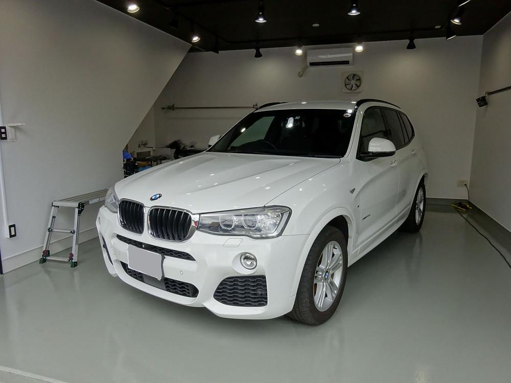 BMW ウインドウモール 格安 カーラッピング専門店 格安 プロテクション 清潔なブース