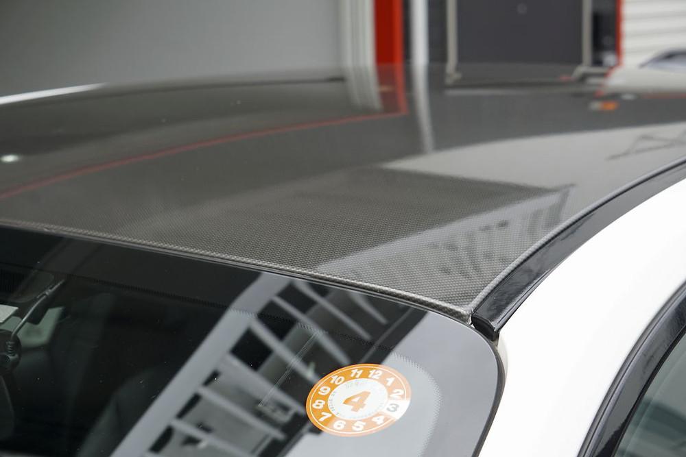 輸入車カスタム ルーフラッピング再施工 カーラッピング専門店 プロテクションフィルムPPF施工 ナイフレステープのデモンストレーション動画をYouTubeにアップしていますのでご覧ください。