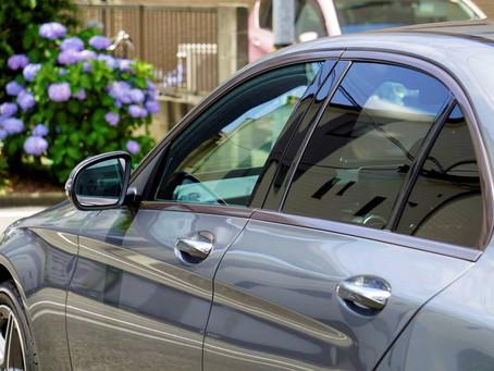 Mercedes-Benz C-Classのウインドーモールにカーラッピング/LUXE/神奈川県横浜市K様