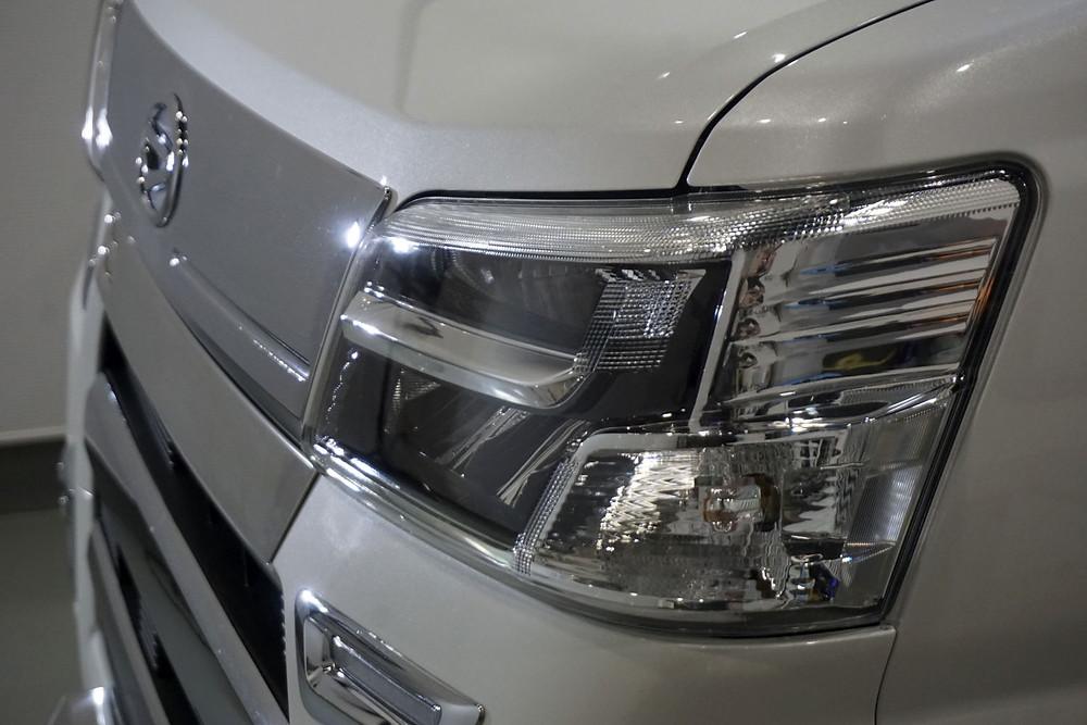 ヘッドライト保護 プロテクションフィルム施工 LEDヘッドライト保護 カーラッピング専門店 相模原 町田 八王子 格安