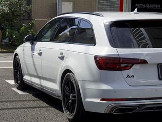 Audi A4 Avantのルーフレール、ウインドーモール、サイドミラー、リップスポイラー、サイドステップにカーラッピング①/神奈川県高座郡S様