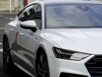 Audi A7 Sportbackのルーフにカラードプロテクションフィルム施工/ウインドーモール、フロントグリル、メッキパーツにカーラッピング/神奈川県鎌倉市I様