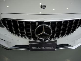 Mercedes-Benz E-Classのルーフとルーフアンテナにカーラッピング、プロテクションフィルム施工/東京都八王子市K様