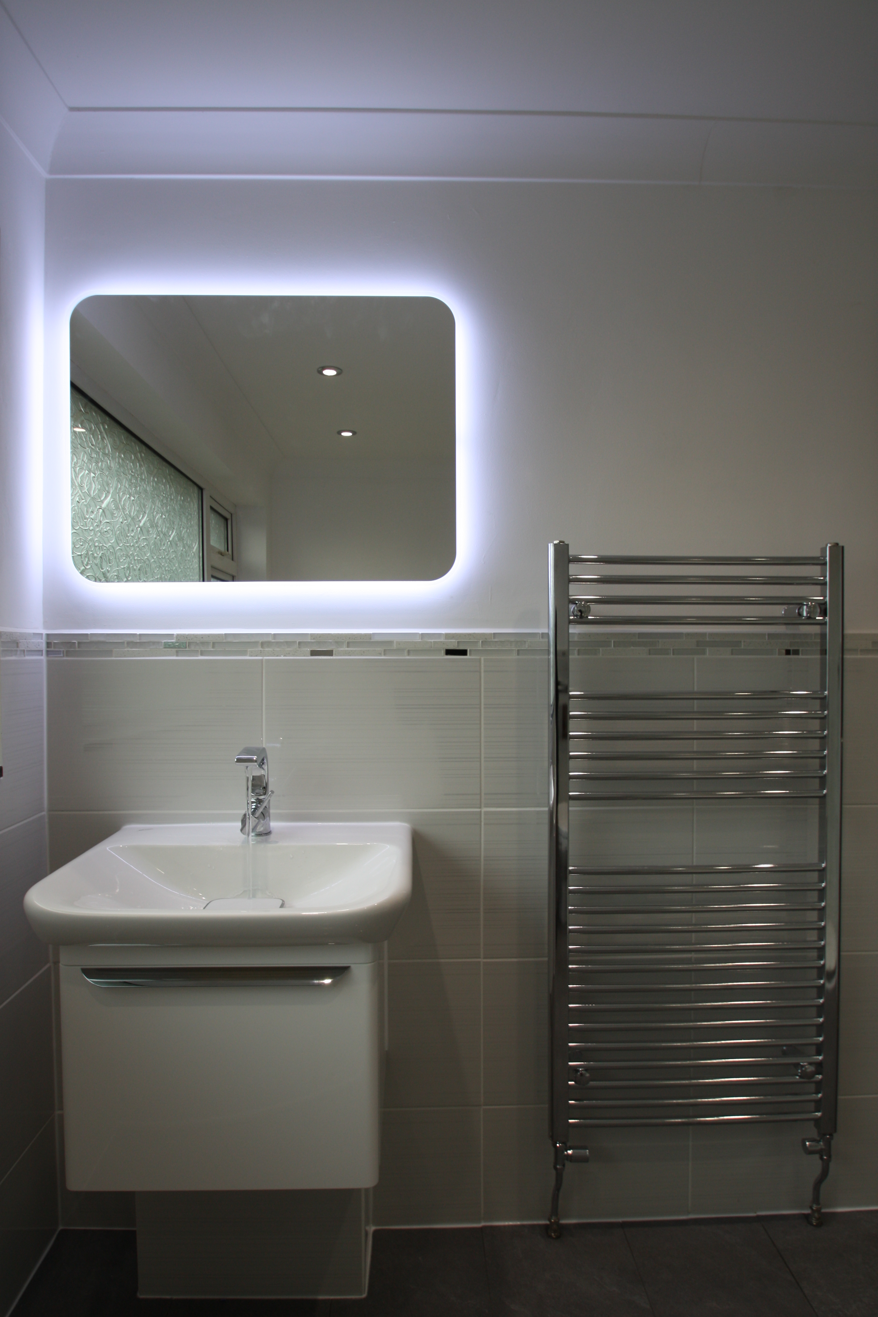 Bathroom H5