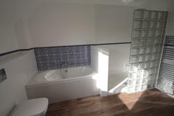 Bathroom J2