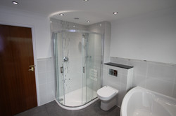 Bathroom H4