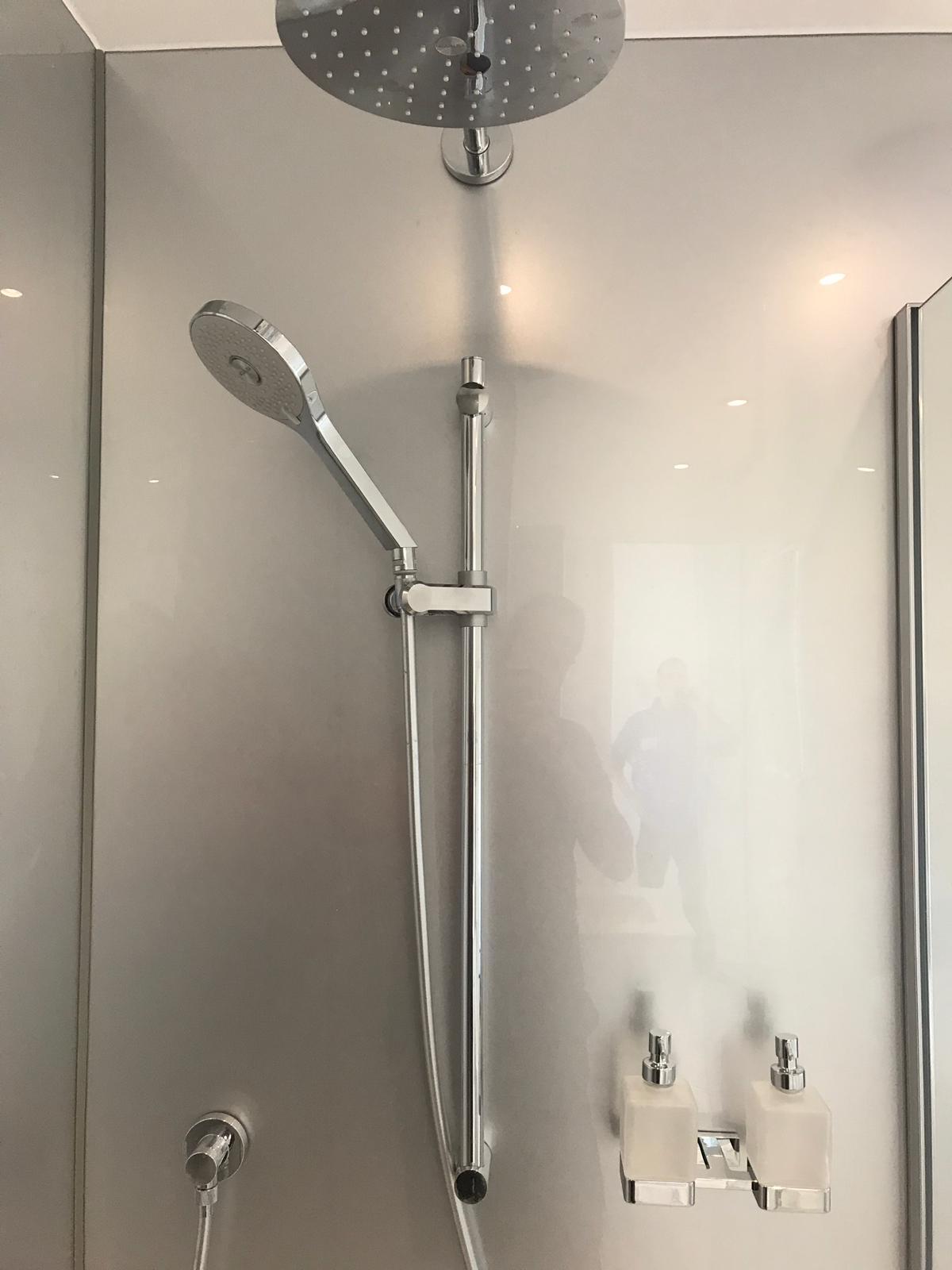 Bathroom K5