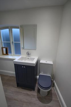 Bathroom O2