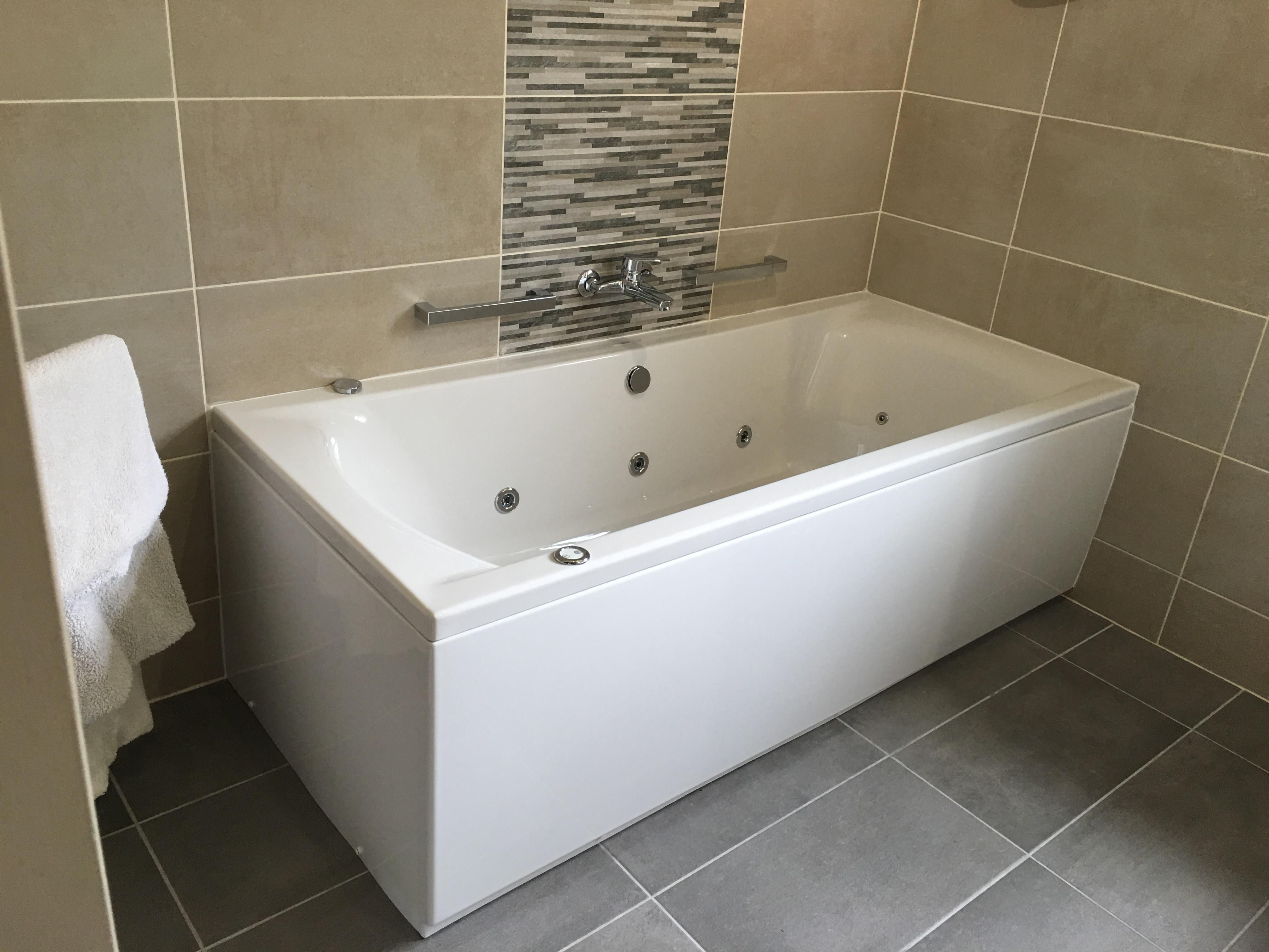 Bathroom G2