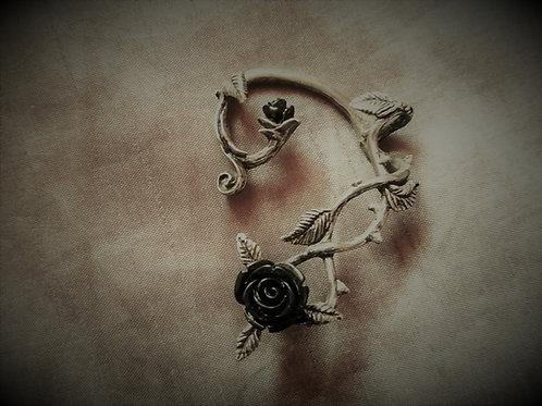 Ear-wrap Wild Black Rose (Left)