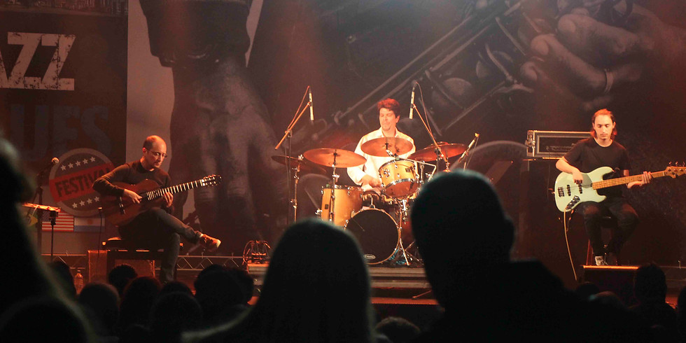 Ulisses Rocha Trio