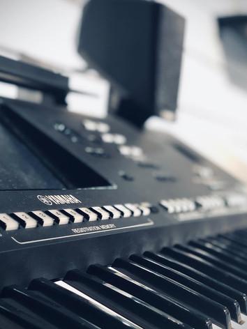 yamaha_keyboards.jpg
