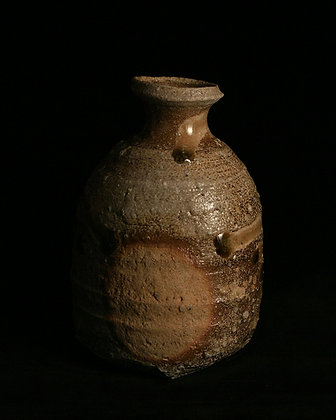 otani shiro tokkuri sake bottle shigaraki ceramic
