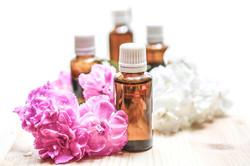 essential-oils-1851027_1280
