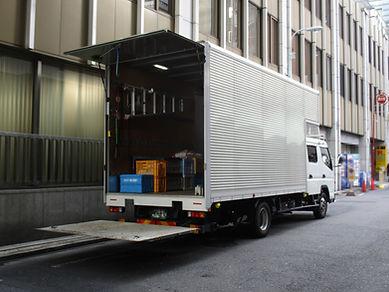 引越のトラック