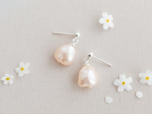 Sweetheart Earrings    Sterling Silver