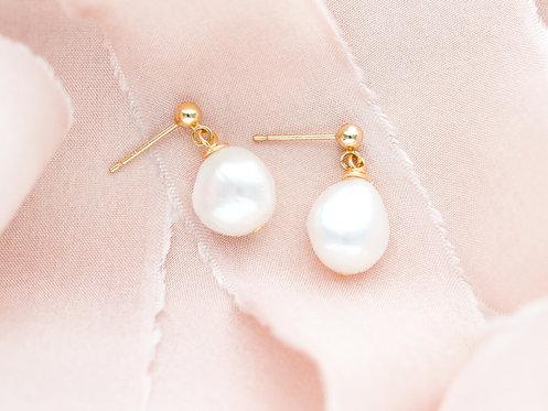Sweetheart Earrings    Gold-Filled