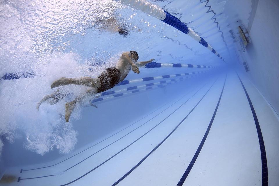 Microclima nas piscinas cobertas