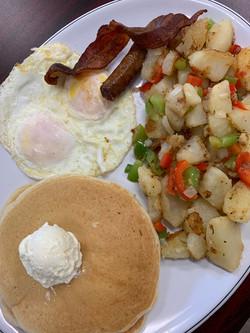 Interstate breakfast 02