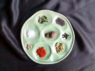 'Organic' plate