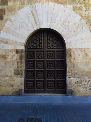 Valencian door
