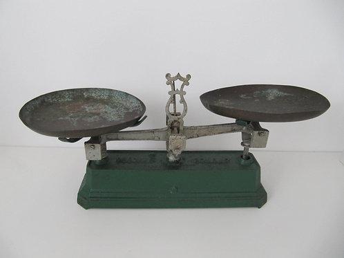 Balance ancienne en fonte - 5kg