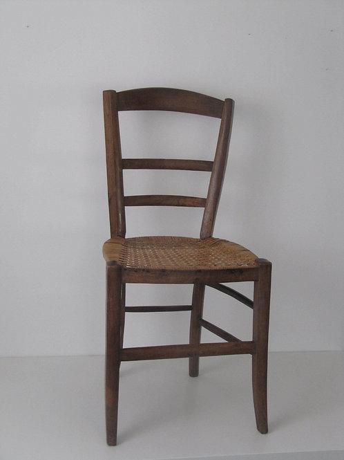 Chaise paysanne ancienne