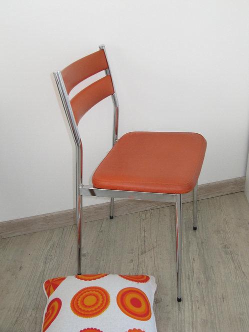 Chaise skai et chrome orange vintage