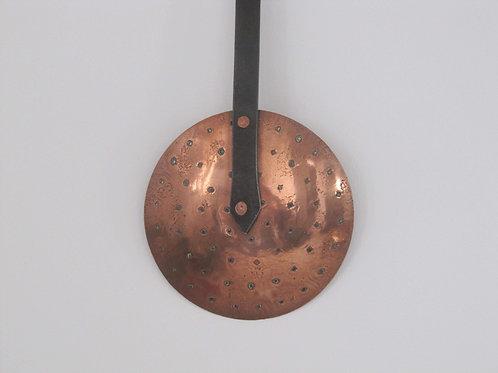Ecumoir cuivre ancien