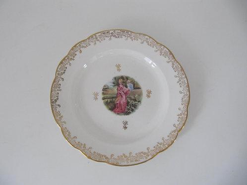 Assiette ancienne Pompadour -