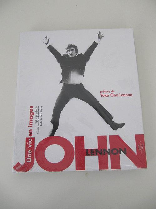"""John Lennon- livre """"Une vie en images"""""""