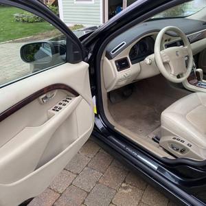 Volvo interior detailind