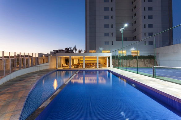 ed-por-do-sol-piscina.jpg